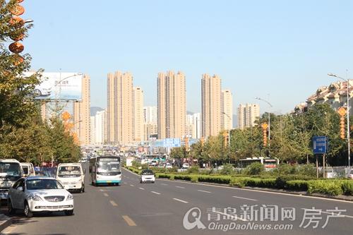 83万元/平米……在香港中路多家中介处,记者均看到了单价在2万元/平米