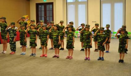 绿城海棠湾暑期军事夏令营活动正式启动